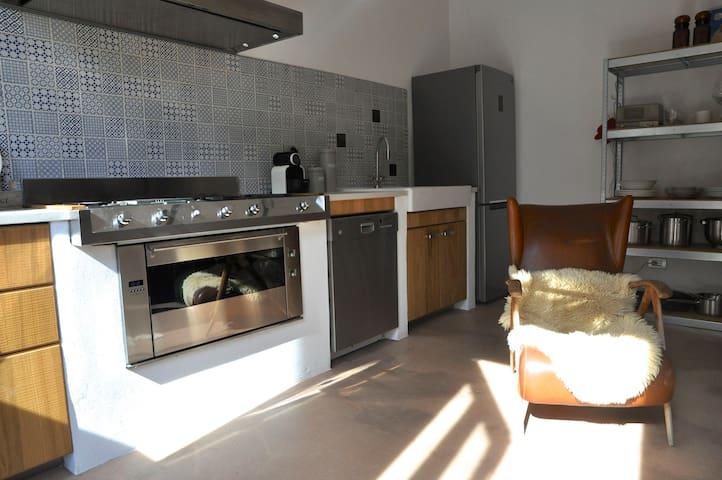Luxurious apartment with pool - Nizza Monferrato - Apartemen
