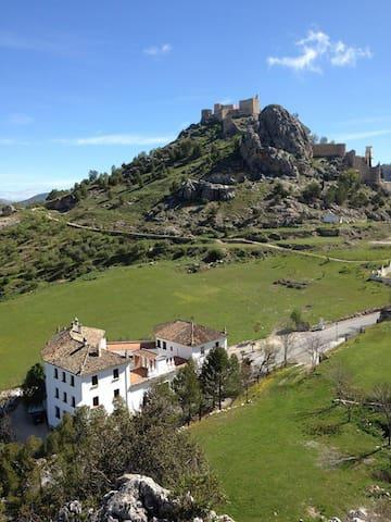 Gran casa rural Moclín, Granada. Hasta 40 personas - Moclín
