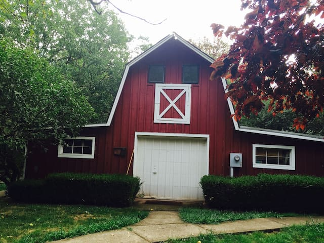 Guest cottage in the country! - West Linn - Casa