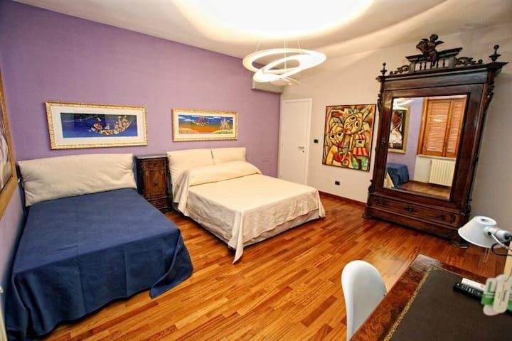 Stanza tripla, con ulteriore letto - Santa Maria Capua Vetere - Oda + Kahvaltı