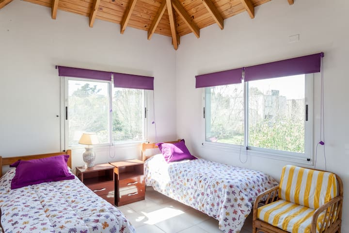 Great House in Condo with Security - Buenos Aires - Casa