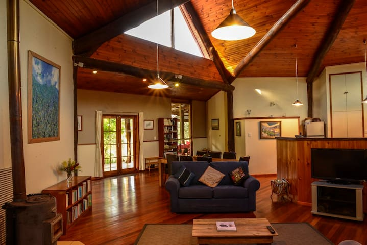 Pinnacle Eco Retreat - Nature,Peace - Pumpenbil - Bed & Breakfast