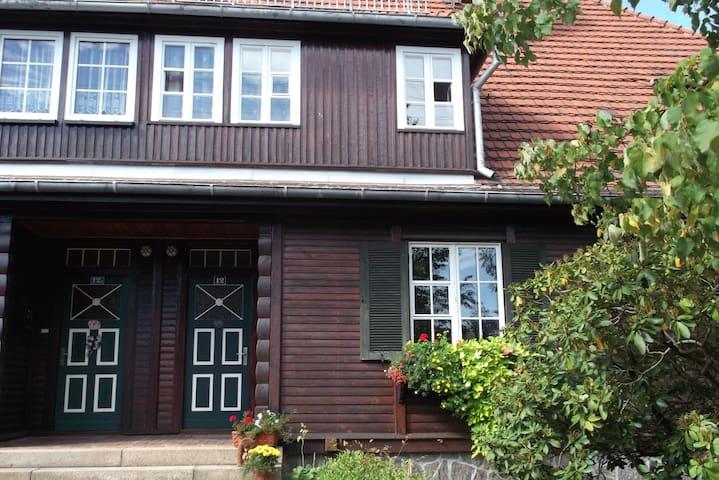 Wohnen im Holzhaus - Niesky - Lägenhet
