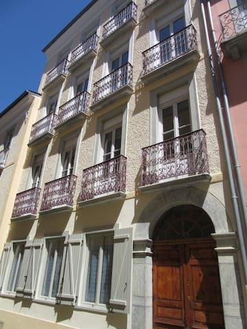 Cauterets centre appartement*** 3 chambres (1er) - Cauterets