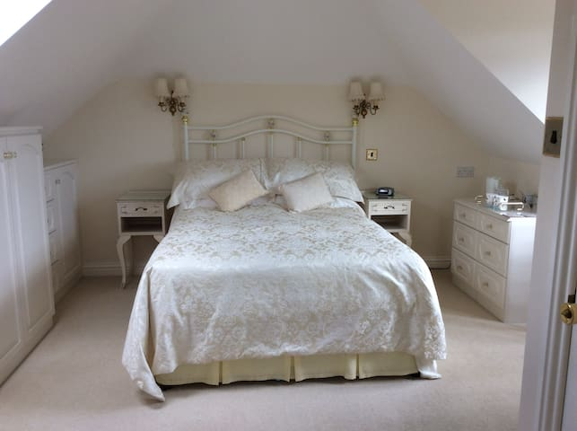 Leecroft B&B - New Milton - Bed & Breakfast