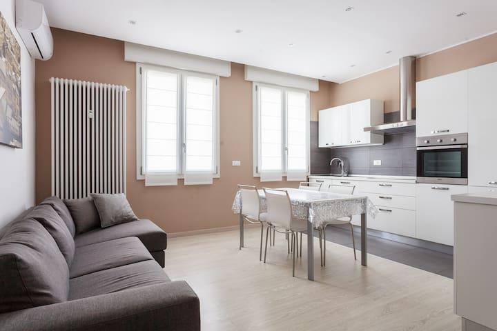#Nasica89  Moderno trilocale - Castenaso - 公寓