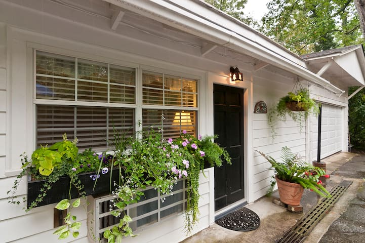 The Mockingbird Cottage - Lookout Mountain - Appartement