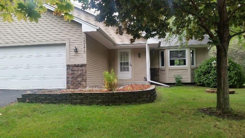 Quiet Coon Rapids House - Coon Rapids - 獨棟
