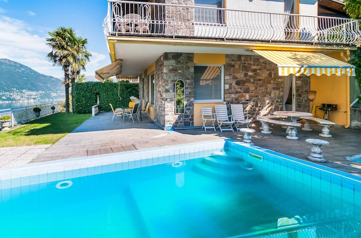 Villa with Private Pool in Tronzano - Tronzano Lago Maggiore - Villa