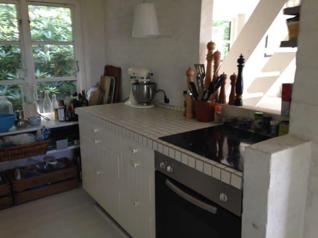 NEW - Idyllic house by the beach. - DK-4800 Nykøbing Falster - Cabaña