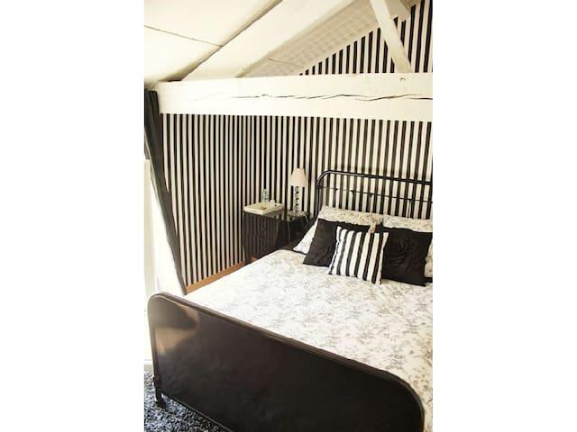 Chambre d'hôtes 2 pers. Puy du Fou - La Gaubretière - Bed & Breakfast