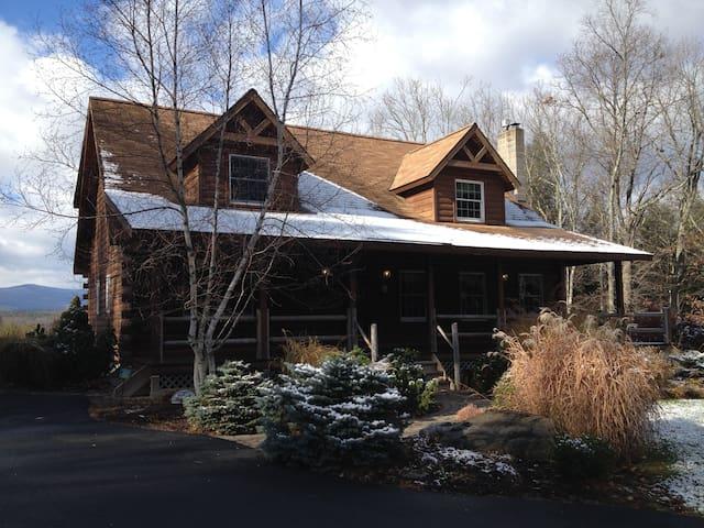 Secluded Catskills, NY Retreat - Freehold - Rumah