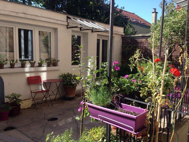 Little house in a courtyard - Fontenay-sous-Bois - Huoneisto