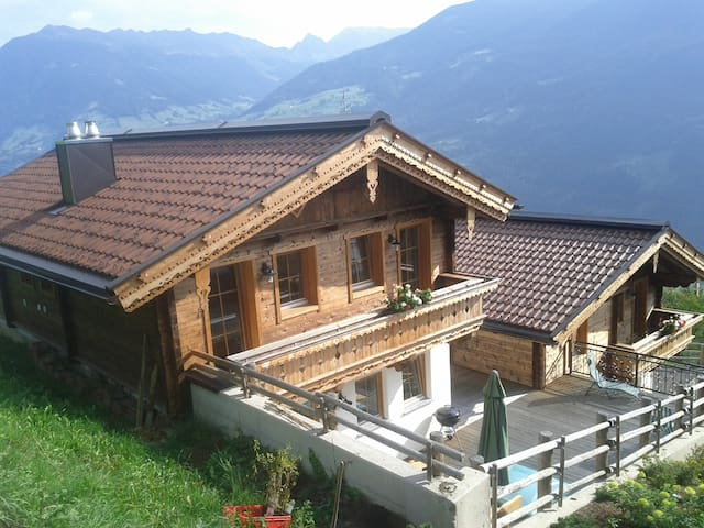 Ferienhaus Hochzillertal,8 - 10 Personen/Zillertal - Aschau im Zillertal - Dom