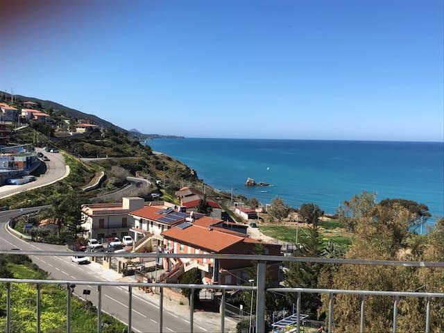 Fish house a 200 mt dal mare - Castel di Tusa - Daire