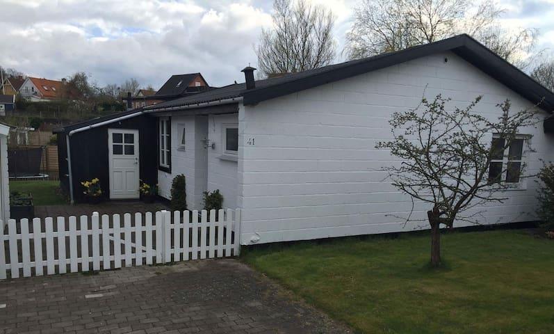 Hyggeligt hus i Ålsgårde - Ålsgårde - Casa