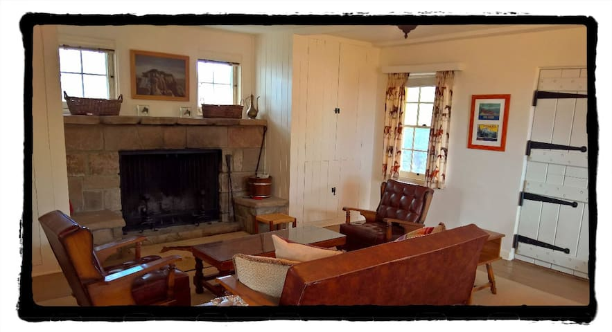 Private Suite at Historic Ranch - Patagonia - Bed & Breakfast