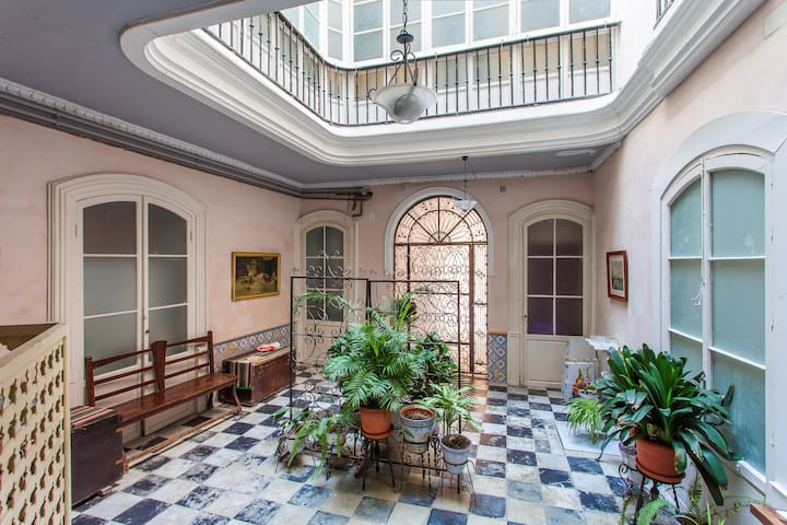 Loft in historic Cádiz - 카디스 - 아파트