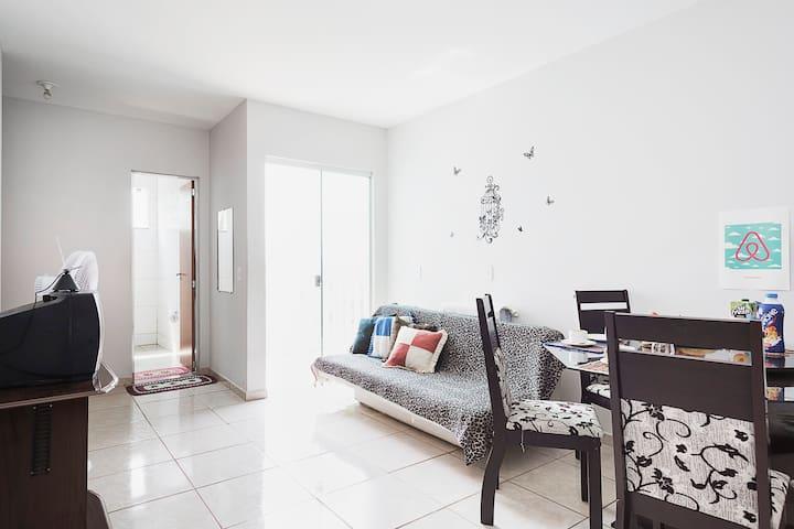 Quarto Clean no CENTRO de Palmas - Palmas - Apartamento