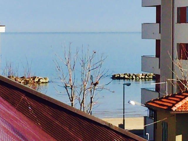ultimo piano pochi passi dal mare - Francavilla al Mare - Leilighet