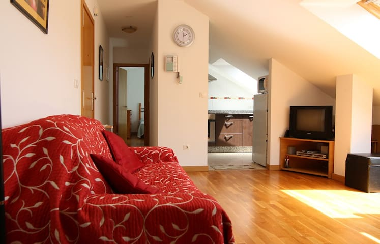 Bright & spacious beach apartment - Rianxo - Apartamento