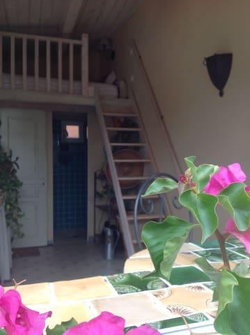 bienvenue chez Mel'ba - Saint-Guiraud - Villa
