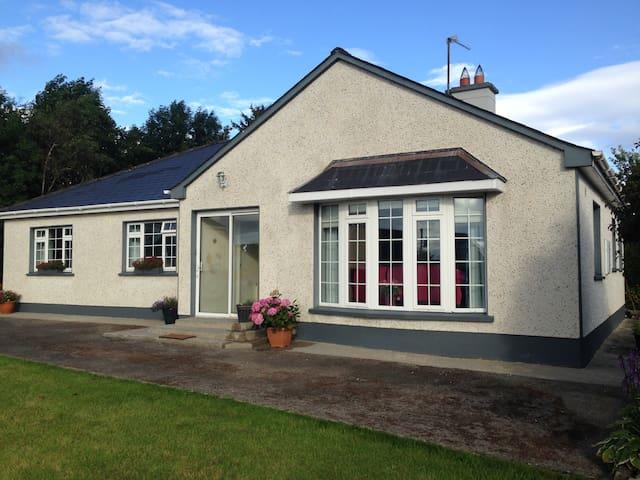 The Alders, Self Catering House - Ballyfarnon - Bungalow