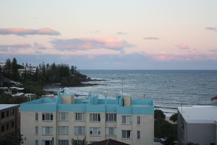 Kings Beach 3 Bed Apt Ocean Views - Kings Beach - Lägenhet