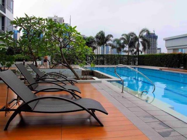 Lovely and Cozy, Best Location at BGC, Taguig - Bonifacio Global City  - Apartament