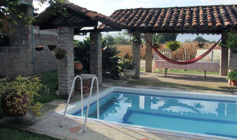 Finca hotel Villaescocia - Buga - Cabin