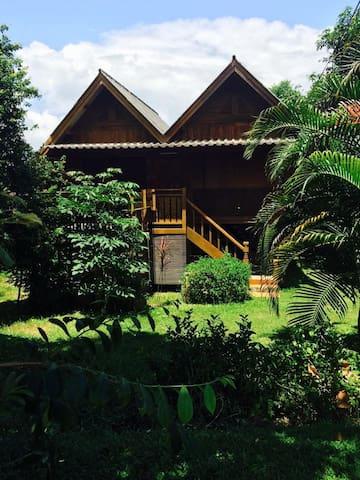 Uncle Otto  House (บ้านหมวดอ๊อด) - Tambon Pang Mu - Huis