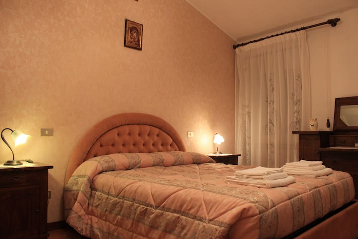 """Holiday House """"Alare"""" B&B - Collevalenza - Wohnung"""