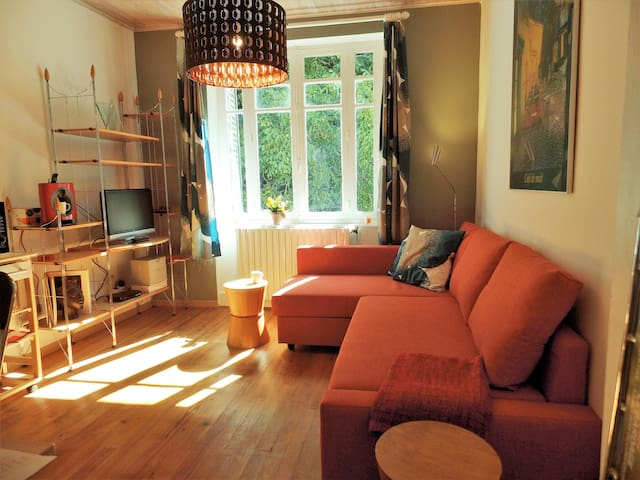 Modern appartement aan rivier de Sioule - Blot-l'Église - Daire