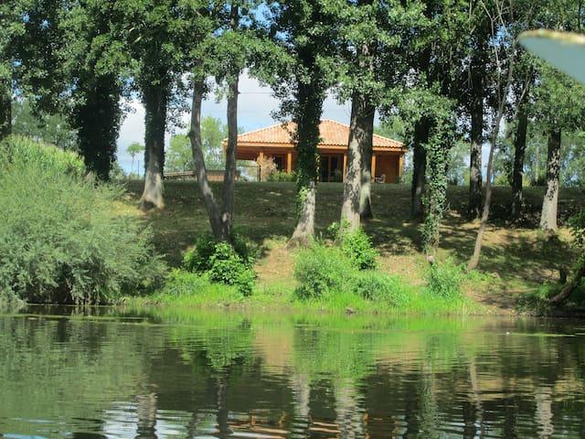 Un endroit de rêve en Dordogne - Mauzac-et-Grand-Castang - Hytte (i sveitsisk stil)
