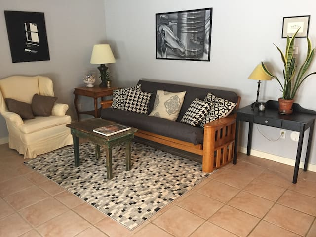 Comfortable Country Apartment - Nassau - Byt