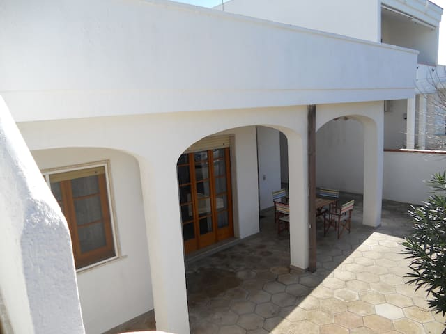 Holiday Villa 100 m from the beach  - Torre Lapillo - Villa