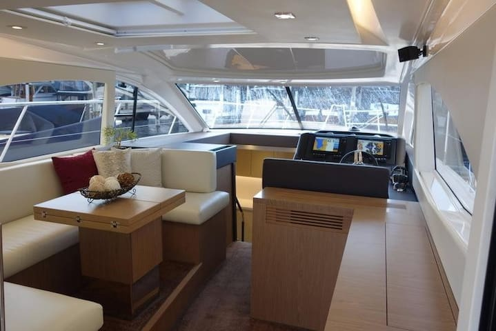 Båd 15 meter - 3 soveværelser - Vedbæk havn. - Vedbæk - Πλοίο