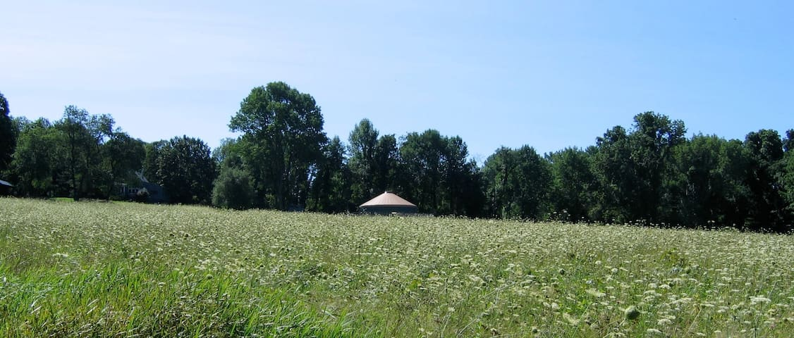 Solar-Powered Yurt on the Sanctuary Land Preserve - East Haddam