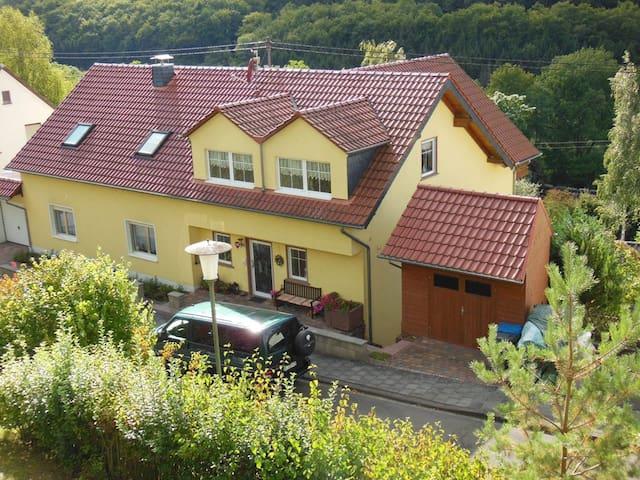 Gemütliche Ferienwohnung am Kylltal-Radweg - Bitburg - 아파트