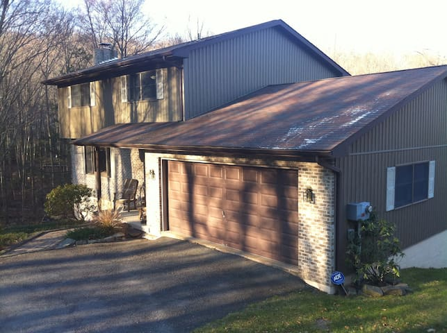 Lake Wallenpaupack Lake Front Home - Greentown - Huis