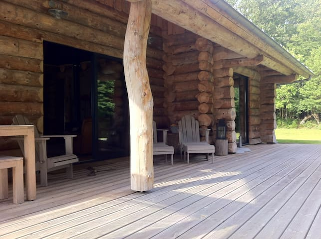 Maison bois en lisière de forêt   - Beaumont-le-Roger