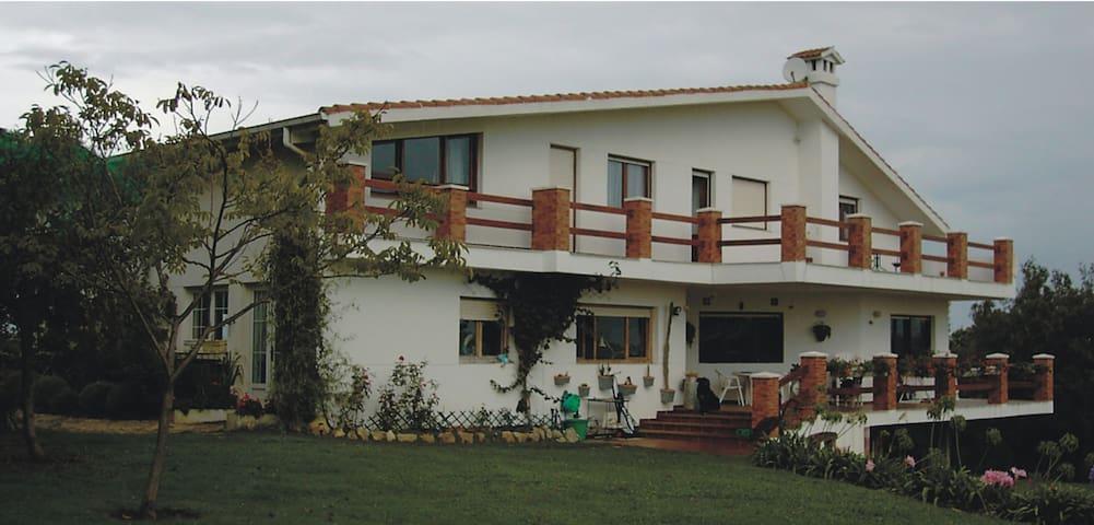 """Como en casa, """"Chez Sandra"""" - Rubayo - Bed & Breakfast"""