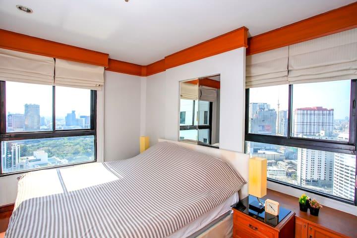 ★Top of Pratunam Cozy 2BD ★   Kitchen   TOP Floor! - Bangkok