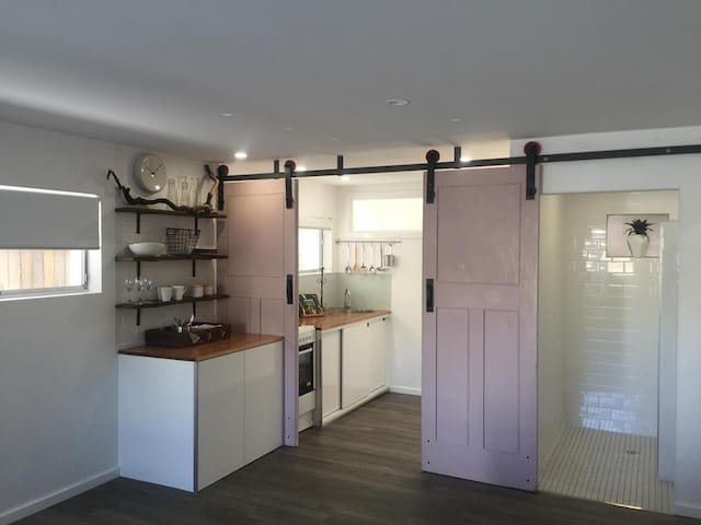 Sails On Wentworth - Your luxury seaside escape - Shellharbour - Byt