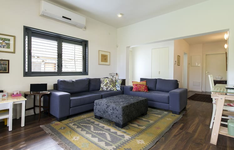 Luxurious in a quiet area,back yard all included. - Rehovot
