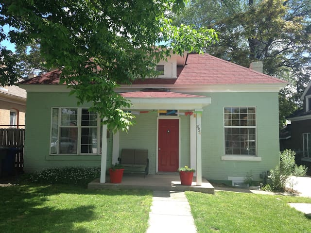 Charming 4bd bungalow in 9th and 9th district - Salt Lake City - Bungalow