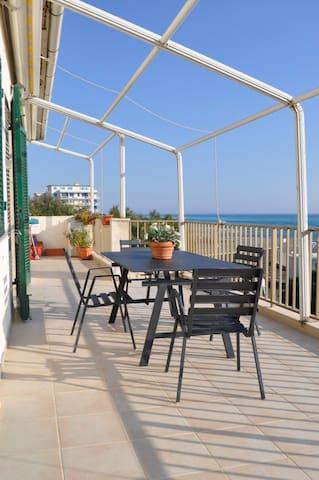 Wonderful Apartment with sea view - Rosignano Solvay-castiglioncell - Apartemen