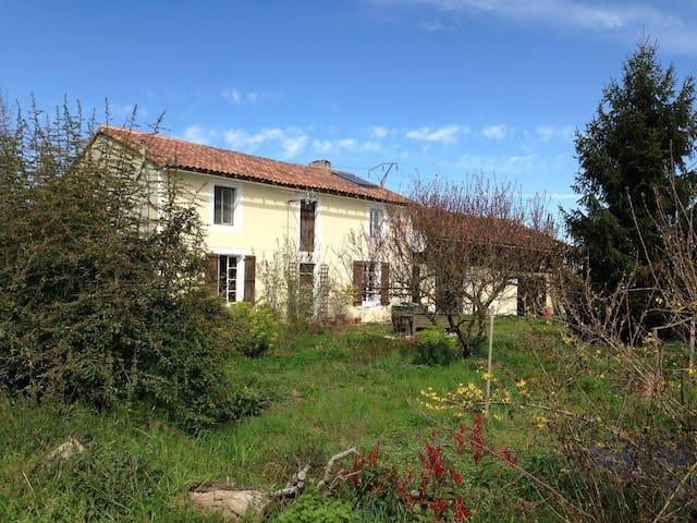 Beautiful farmhouse nr Saint Mont/Madiran/Armagnac - Riscle - Ev