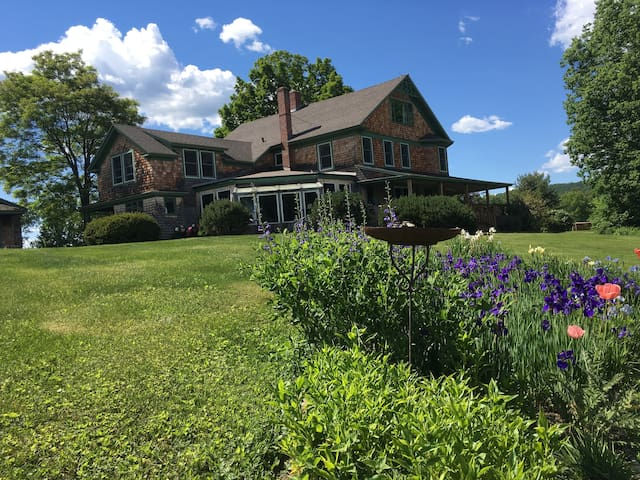 Main House at The Toad Hill Farm - Franconia - Casa