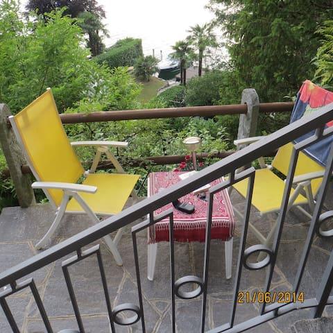 studio, private entrance, terrace,private beach, - Lugano - Villa